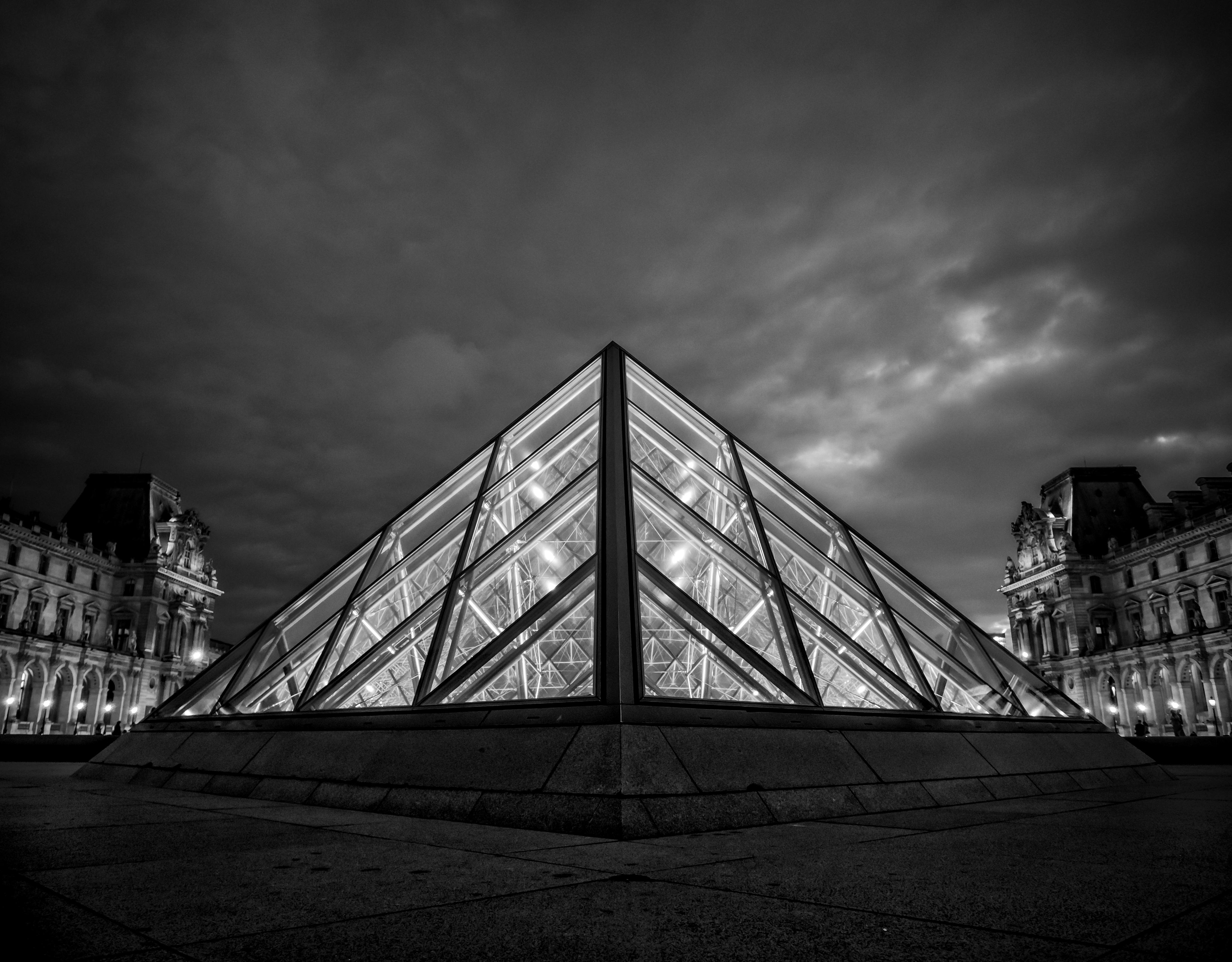 Le Louvre BW, Paris, France
