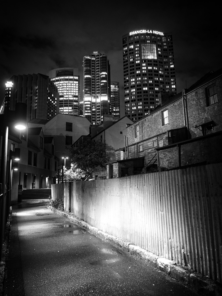 Back streets of The Rocks, Sydney. Olympus OM-D E-M5MkII, 12-40mm f2.8, 12mm @ f2.8, ISO 1600. 1/4sec handheld.